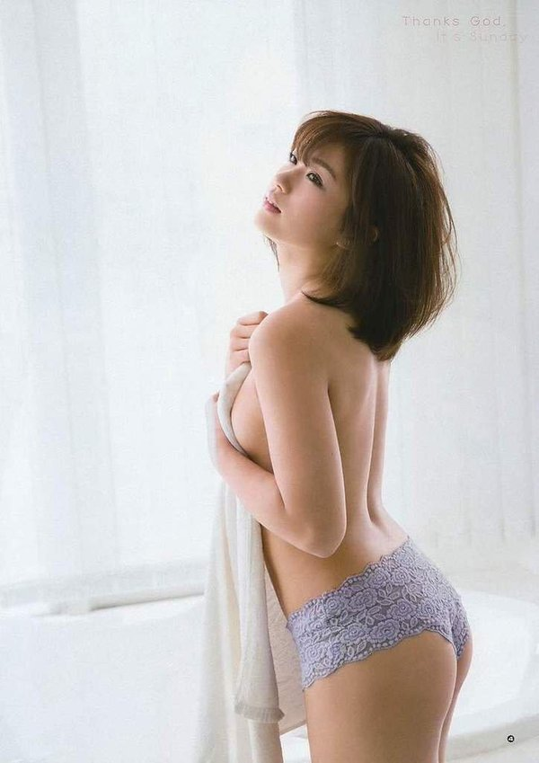 """""""ピコ太郎""""こと古坂大魔王さん結婚…お相手の<安枝瞳>の画像まとめてみた 15P"""
