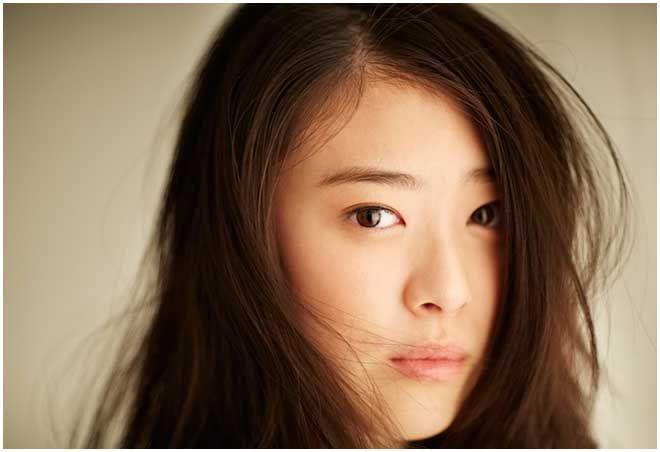 人気急上昇中の<水上京香>色白ボディーを惜しげなく披露!!「ありのままの自分を表現できた」_:(´ཀ`」 ∠):