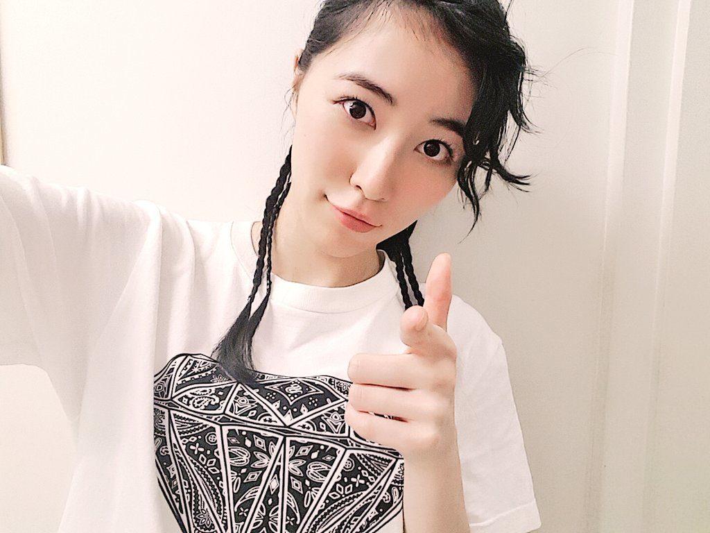 "SKE48<松井珠理奈>夢に出てきそうな ""水着姿でキス顔""を披露wwwwwwwwwwwwww"
