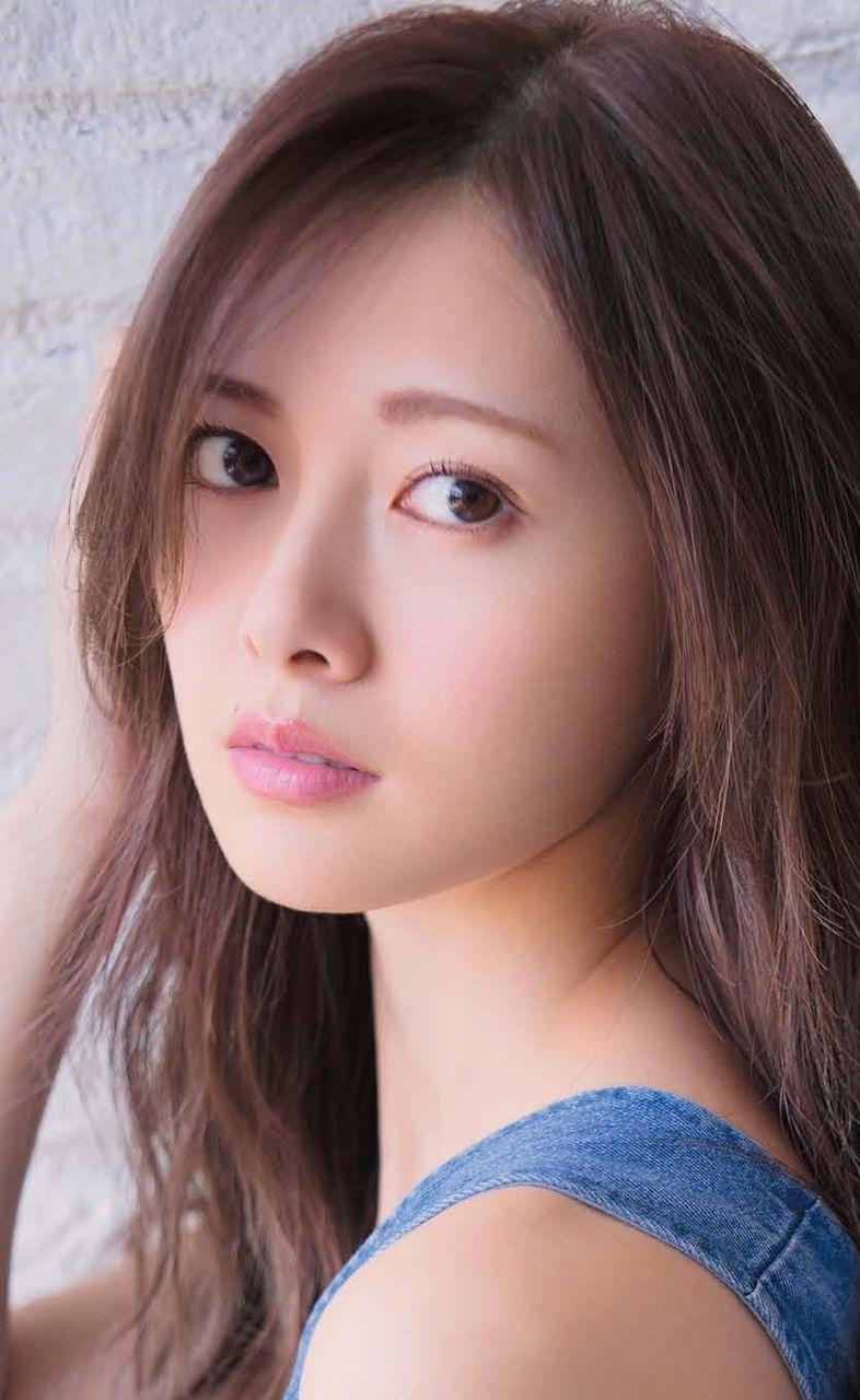 【悲報】白石麻衣さんがヲタクには決して見せない笑顔がコレ!