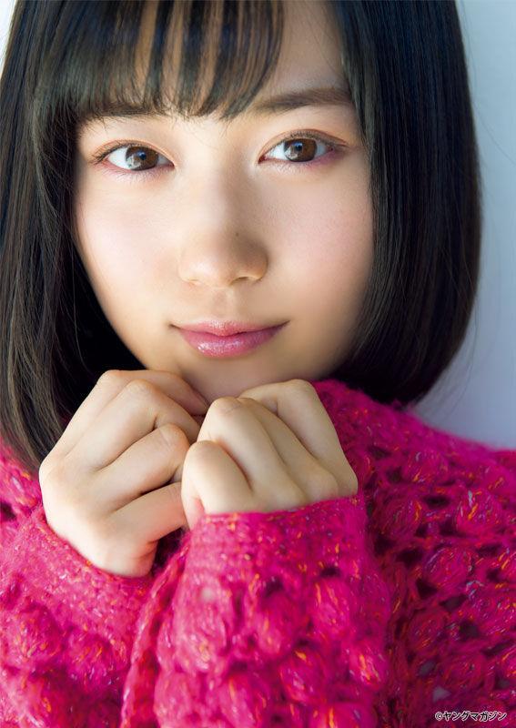乃木坂46 山下美月 スレンダー美女の可愛い笑顔が堪らんよ。抱きしめたい女の子