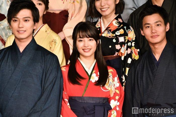 広瀬すず、『ちはやふる』卒業 小泉監督「レジェンド女優になっていくであろうあなたの主演映画を3本撮れたのは誇り」