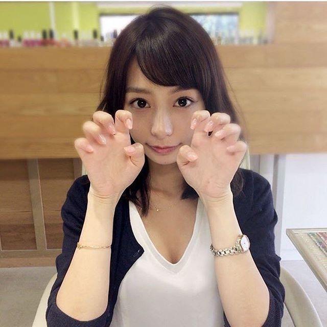 オフィスで寝る宇垣美里アナ(27)が可愛すぎる件